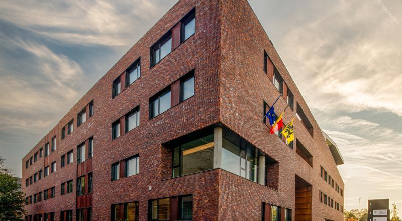 Nieuw kantoorgebouw Gencor
