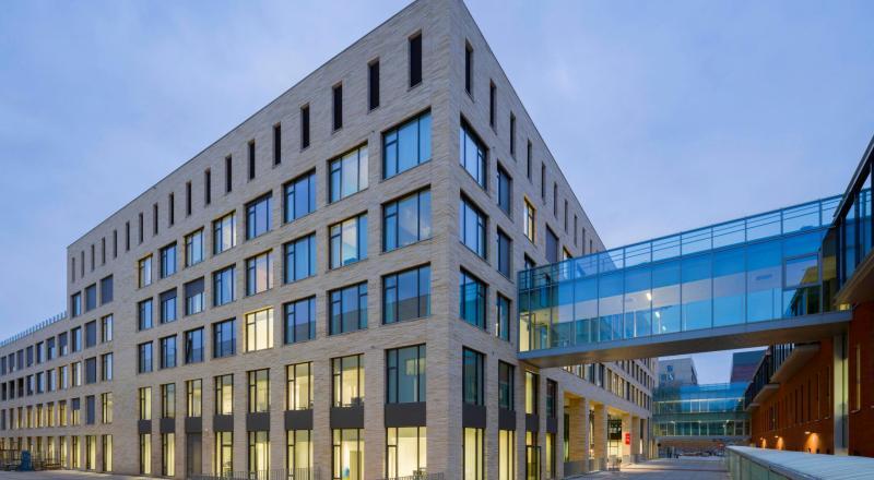 Nouvelle construction pour la clinique des femmes, des enfants et des maladies génétiques de l'UZ Leuven